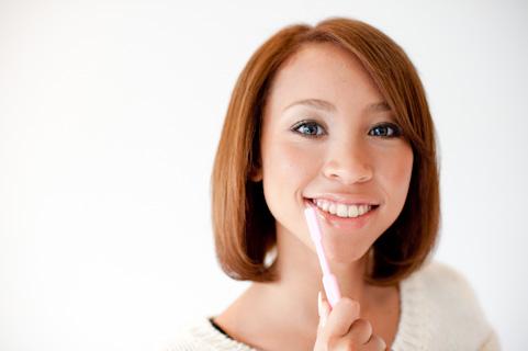歯茎が老ける危ない歯の磨き方